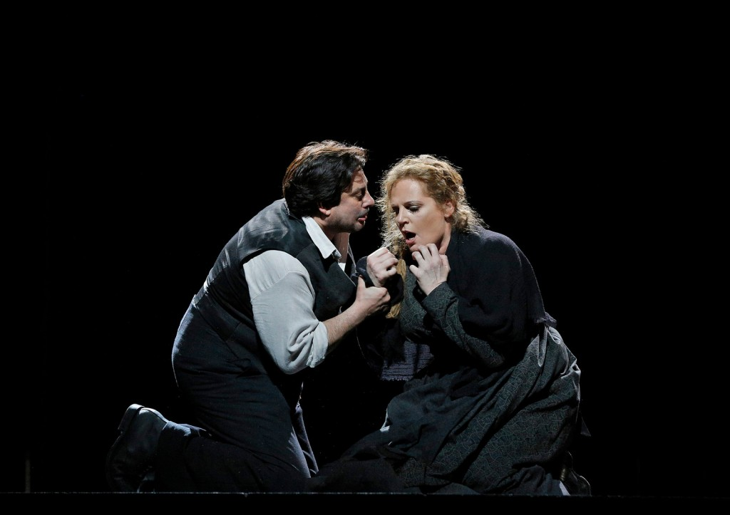 Eva-Maria Westbroek i Marcelo Alvarez u operi Kavalerija Rustikana, Cineplexx