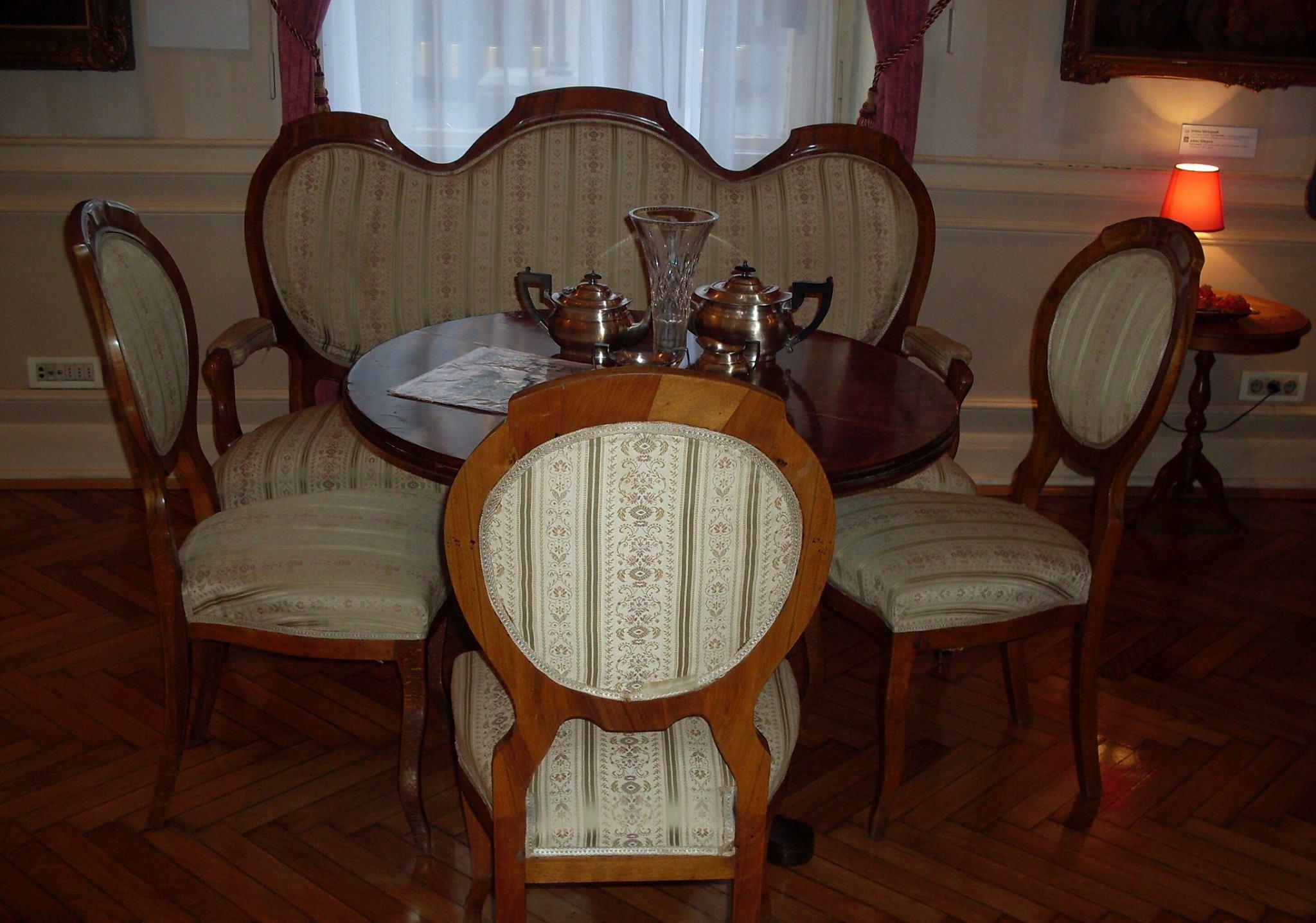 Salon u domu Jevrema Grujića. / Foto: Suzana Janković