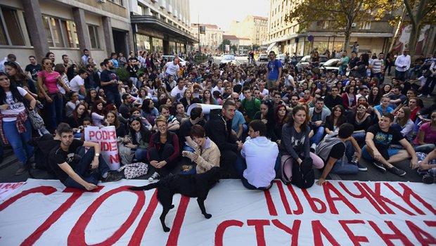 Protest-studenata-u-Beogradu-2-620x350